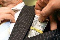 Правоохоронці затримали сільського голову зі Збаражчини на отриманні хабара 12 тис. доларів
